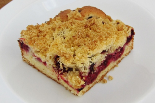 blackberry crumble cake (500x333)