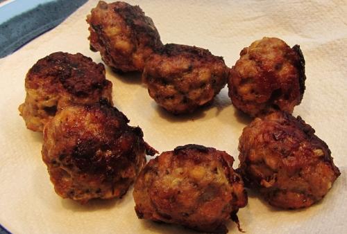 sage onion stuffing balls 1 (500x338)