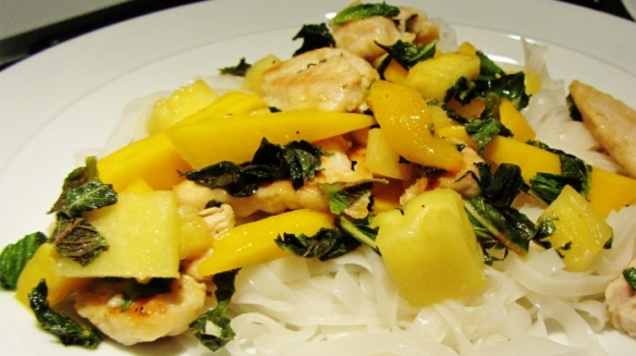 turkey mango stir fry 2 (700x393)