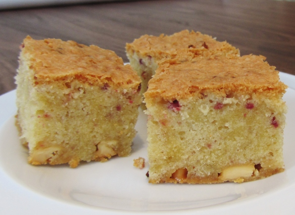 raspberry blondies 2